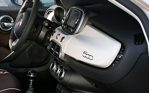 Fiat 500X Urban (2019) - Interijer