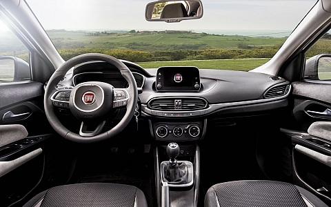 Fiat Tipo (2016) - Interijer