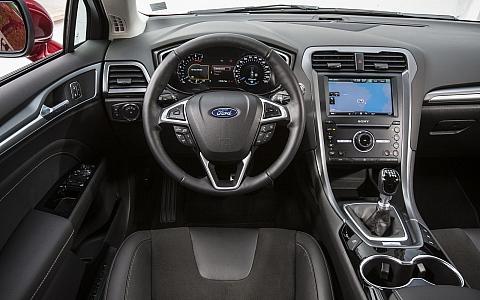 Ford Mondeo (5 vrata) (2014) - Interijer