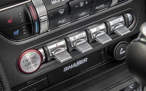 Ford Mustang Convertible (2018) - Interijer