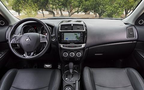 Mitsubishi ASX (2016) - Interijer