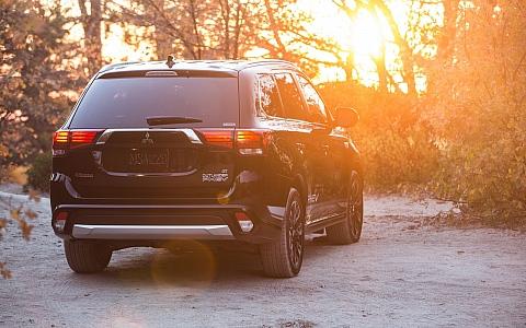 Mitsubishi Outlander PHEV (2018) - Eksterijer