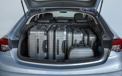 Opel Insignia Grand Sport (2017) - Interijer