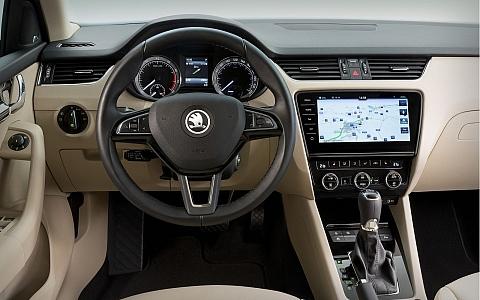 Škoda Octavia (2017) - Interijer