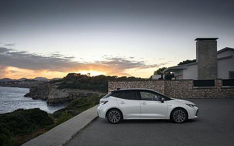 Toyota Corolla (2018) - Eksterijer