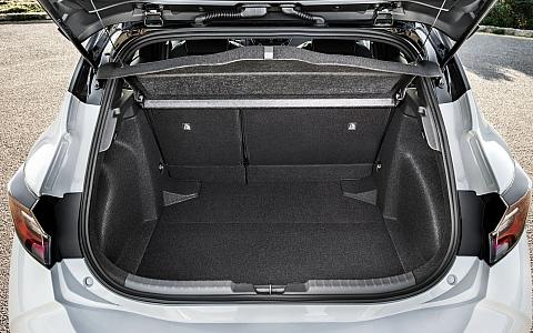 Toyota Corolla (2018) - Interijer